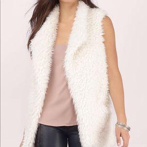 Me Jane Faux Fur Vest